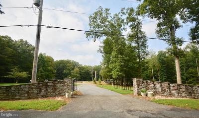 Elkton Single Family Home Active Under Contract: 121 Deaver Road