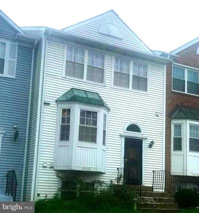 Upper Marlboro Townhouse For Sale: 10765 Campus Way S