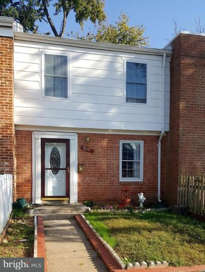 Manassas Townhouse Under Contract: 9277 Taney Road