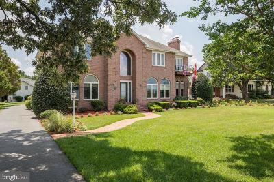 Cambridge Single Family Home For Sale: 108 Riverside Drive