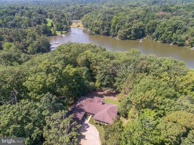 Middle River Single Family Home For Sale: 3803 Clarks Point Road