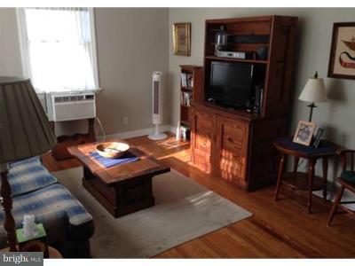 Hightstown Single Family Home For Sale: 152 Oak Lane