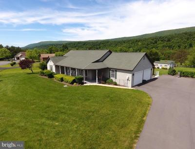 Berkeley Springs Single Family Home For Sale: 58 Dawson Farm Road