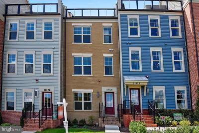 Clarksburg Townhouse For Sale: 22826 Cabin Branch Avenue