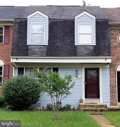 Manassas Townhouse For Sale: 8605 Point Of Woods Drive