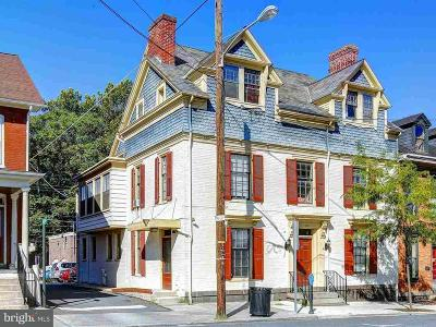 Gettysburg Single Family Home For Sale: 124 Carlisle Street