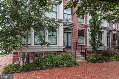 Alexandria City, Arlington County Townhouse For Sale: 325 Columbus Street N