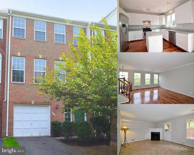 Herndon Townhouse For Sale: 2575 James Madison Circle