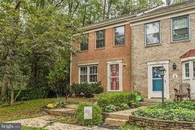 Columbia Townhouse For Sale: 5903 Morningbird Lane