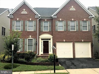 Lorton Single Family Home For Sale: 8323 Thwaite Howe Drive
