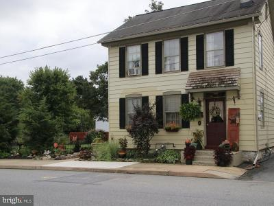 Single Family Home For Sale: 62 W Donegal Street