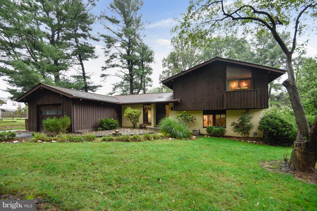 3 bed/3 bath Home in Brookeville for $449,500