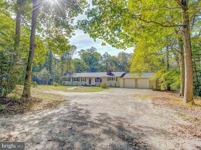 Hughesville Single Family Home For Sale: 16609 Prince Frederick Road