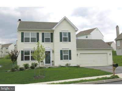 Oxford Single Family Home For Sale: 394, 394a Highland Court