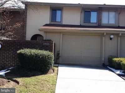 Montgomery Village Townhouse For Sale: 19555 Brassie Place #9