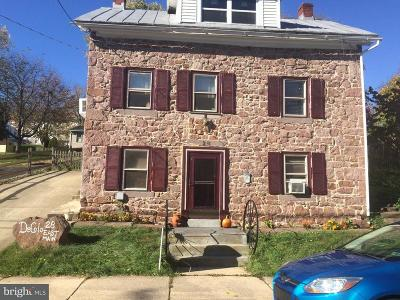 Adamstown Single Family Home For Sale: 28 E Main Street