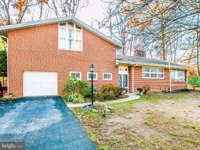 Temple Hills Single Family Home For Sale: 4900 Brentley Road