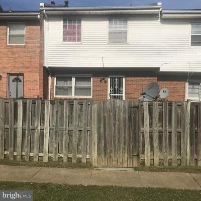 Suitland Townhouse For Sale: 2965 Sunset Lane