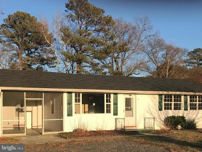 Leonardtown Single Family Home Under Contract: 41160 Cryer Court