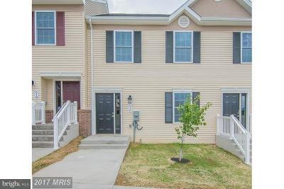 Woodstock Townhouse For Sale: 516 Hotchkiss Drive