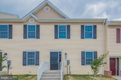 Woodstock Townhouse For Sale: 514 Hotchkiss Drive