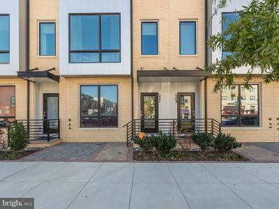 Gaithersburg Townhouse For Sale: 247 Crown Park Avenue