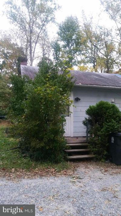 Lanham Single Family Home For Sale: 8915 Hickory Hill Avenue