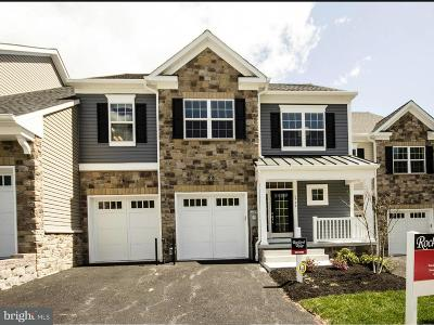 Baltimore Townhouse For Sale: 6707 Fairford Lane