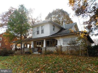 Westminster Single Family Home For Sale: 3502 Littlestown Pike