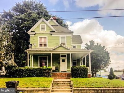 Salisbury Single Family Home For Sale: 205 Elizabeth Street