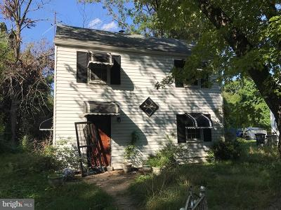 Landover Single Family Home For Sale: 7102 Forest Road