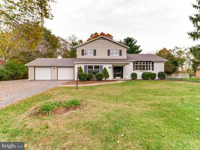 Frederick Single Family Home For Sale: 7915 Runnymeade Drive