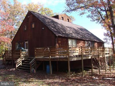 Luray Single Family Home For Sale: 4215 Page Valley Road