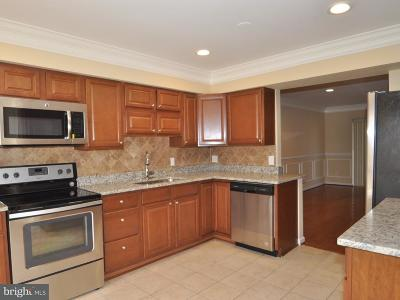 Columbia Townhouse For Sale: 7394 Sweet Clover