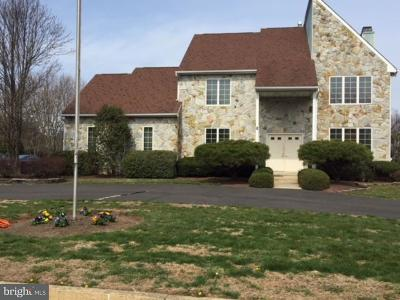 Ivyland Single Family Home For Sale: 8 Lincoln Circle