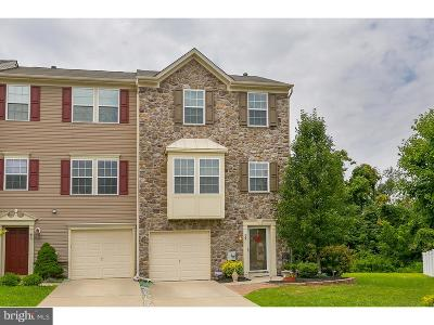 Swedesboro Townhouse For Sale: 39 Cypress Street
