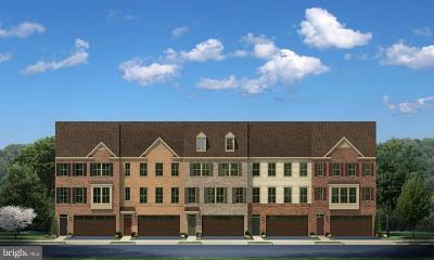 Upper Marlboro Townhouse Active Under Contract: 3830 Effie Fox Way