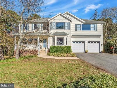 Lusby Single Family Home For Sale: 414 Overlook Drive