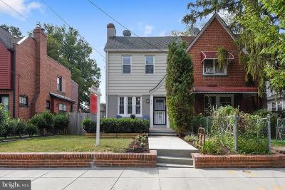 Washington Single Family Home For Sale: 428 Peabody Street NW