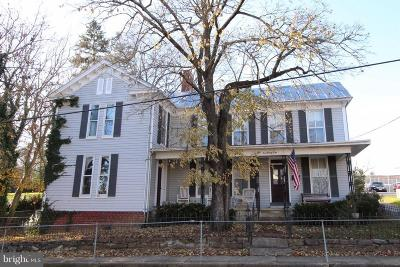 Luray Single Family Home For Sale: 124 South Court Street
