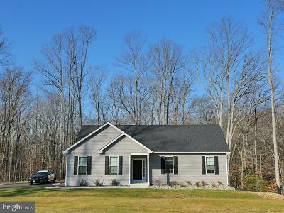 Hughesville Single Family Home For Sale: 7089 Quicktree Farm Court