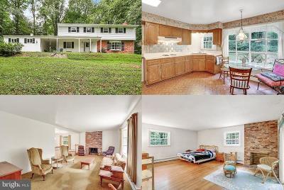 Fairfax Single Family Home For Sale: 3300 Barkley Drive