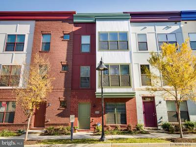 Hyattsville Townhouse For Sale: 5721 45th Avenue