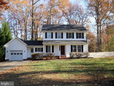 Caroline County Single Family Home For Sale: 157 Lake Caroline Drive