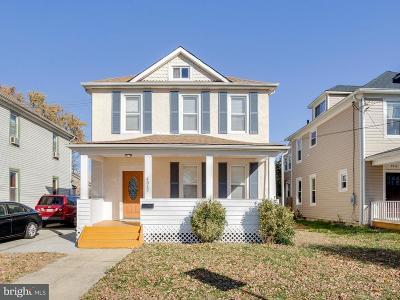 Hyattsville Single Family Home For Sale: 4512 Burlington Road