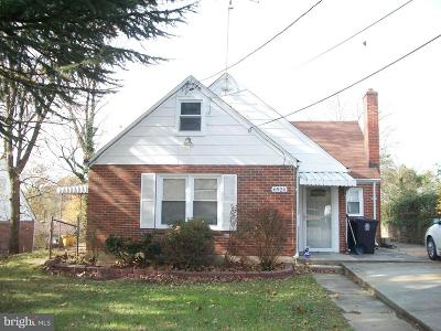 Hyattsville Single Family Home For Sale: 6924 Standish Drive