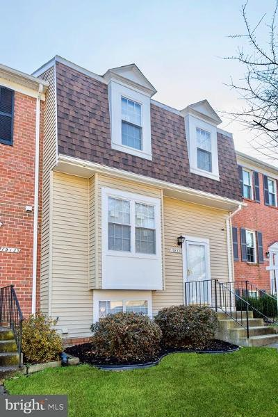 Germantown Townhouse For Sale: 19133 Cherry Bend Drive