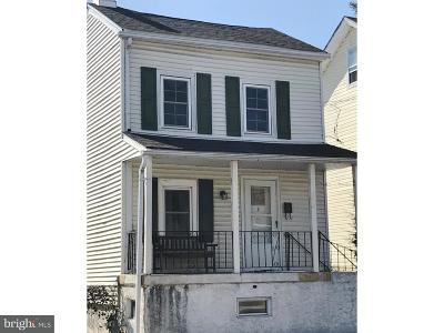 Phoenixville Single Family Home Under Contract: 320 Dayton Street