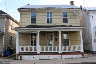 Cumberland County Single Family Home For Sale: 125 Penn Street N