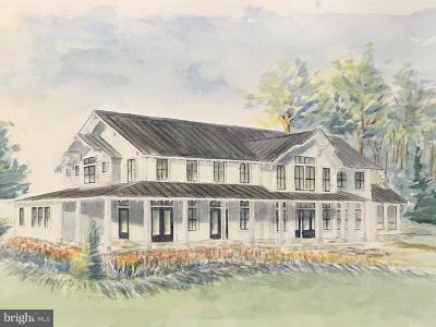 Alexandria Single Family Home For Sale: 3550 Trinity Drive